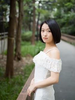 Nakae Yuri 中江友梨