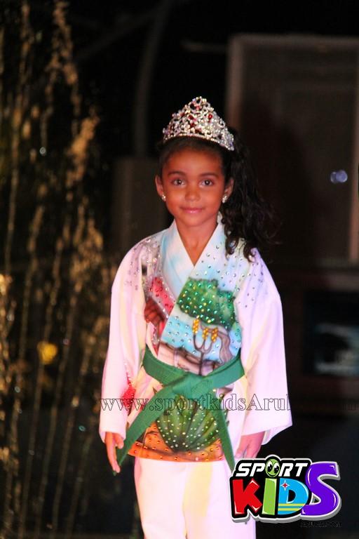 show di nos Reina Infantil di Aruba su carnaval Jaidyleen Tromp den Tang Soo Do - IMG_8791.JPG