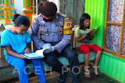 Bripka Budi Hartono Bhabinkamtibmas Desa Sungai Paring Kec, Cempaga Kab, Kota Waringin Kalteng Risau Dengan Warganya Yang Tidak Bisa Belajar di Sekolah