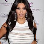 kim-kardashian-long-layered-chic-black.jpg