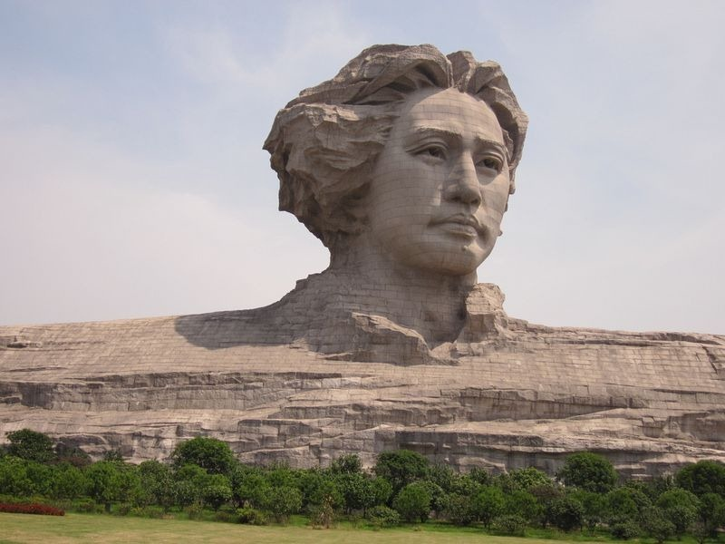 youth-mao-zedong-statue-6
