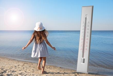 Γιατί τα παιδιά κινδυνεύουν περισσότερο από ένα κύμα καύσωνα;