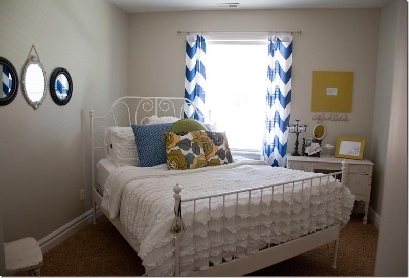 Basement Bedrooms Before-0257