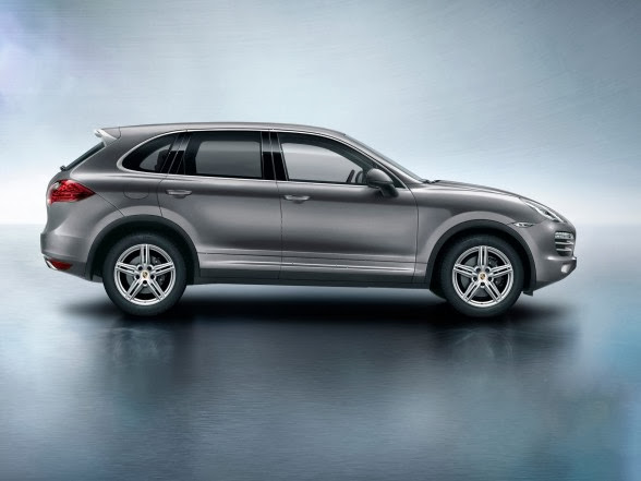 2014 Porsche Cayenne Platinum Edition - Side