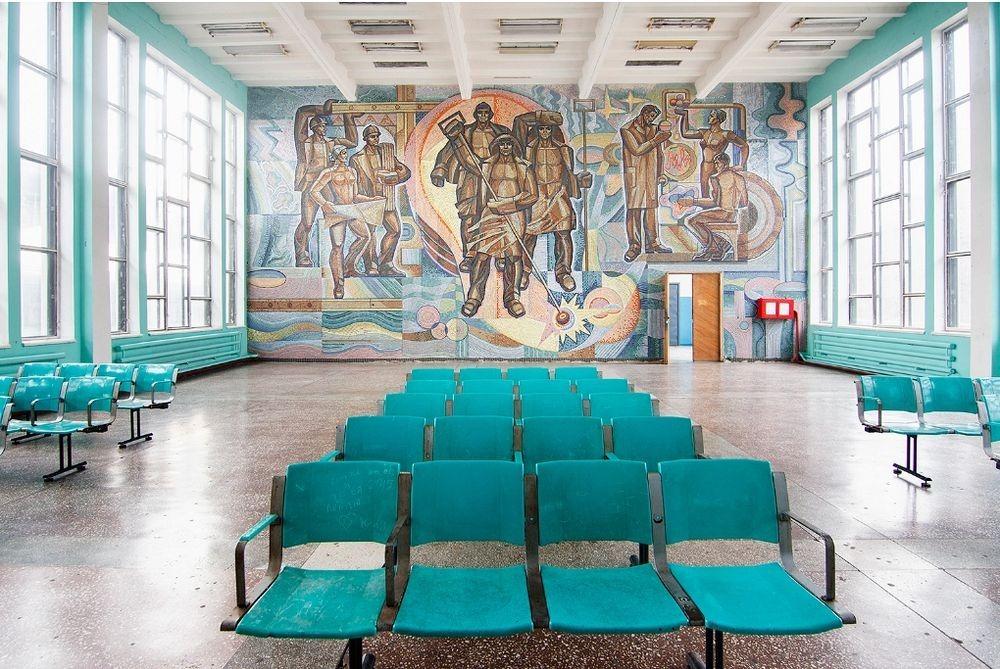 soviet-murals-yevgen-nikiforov-2