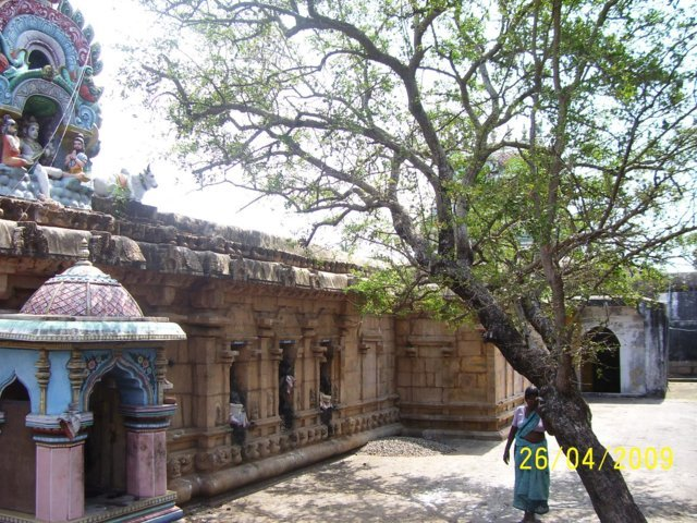 Sri Kokileswarar Temple, Thirukkozhambam, Mayiladuthurai - 275 Shiva Temples