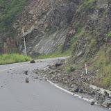 La route E10 Ibarra - San Lorenzo après de violentes pluies (Imbabura, Équateur), 9 décembre 2013. Photo : J.-M. Gayman