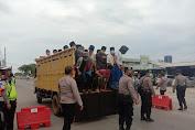 Cegah Covid-19, TNI-Polri, Pulangkan Santri Yang Hendak Hadiri Haul di Ponpes Al Istiqlilyah