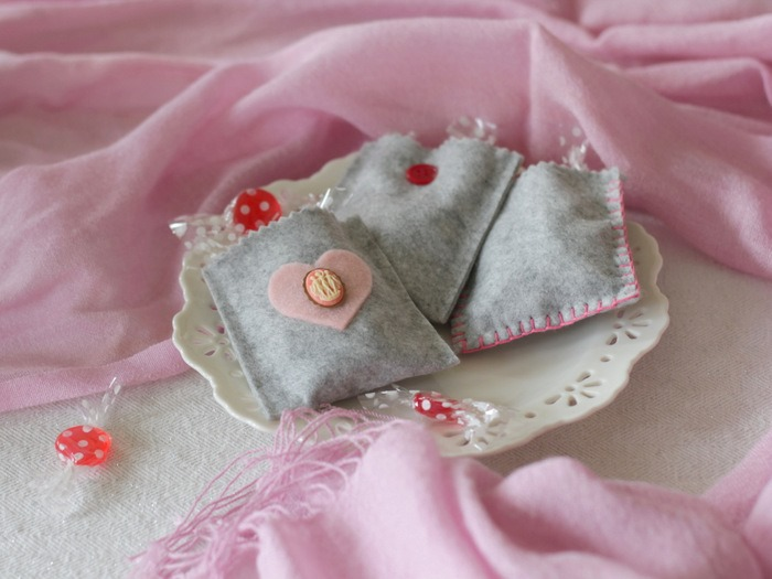 Grey Felt Valentine's Day Treat Bags by homework - carolynshomework (5)