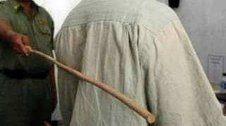 Mad oo!!!cane each for theft of mobile phones