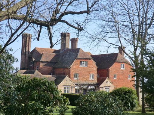 CIMG5846 Crippenden Manor