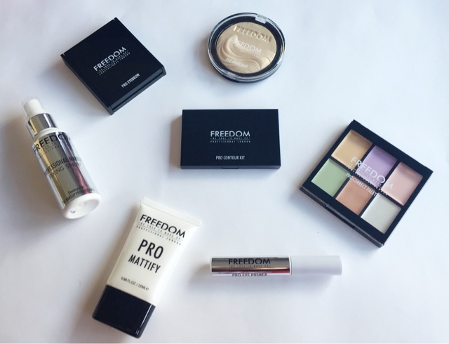 freedom makeup pro artist essentials kit