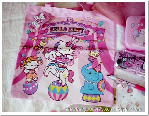 Cute Hello Kitty Circus Tote Bag