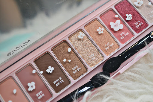 etude-house-play-color-eyes-palette-cherry-blossom-ice-van-review-esybabsy