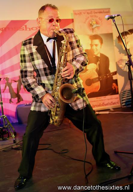 Phil Haley  & his Comments bij 20 Jaar Dance to the 60's Rock n Roll Dansschool (4).JPG