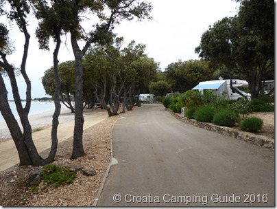 Croatia Camping Guide - Camp Strasko Beach & Pitches