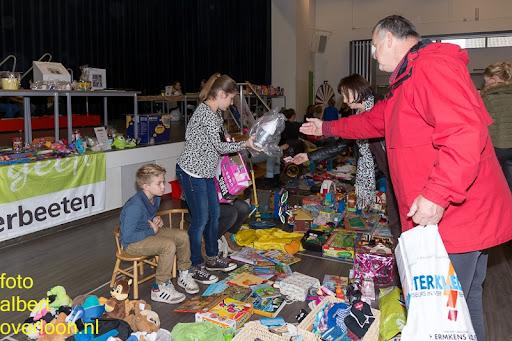 Kindermarkt - Schoenmaatjes Overloon 09-11-2014 (20).jpg