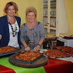 Sonia Hertig et sa maman Colombe Joseph, la cuisinière