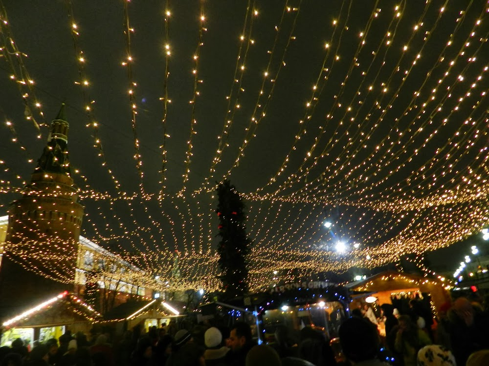 the Kremlin rises behind this incredibly lovely winter market...