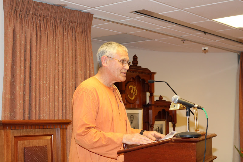 Day 1 Introduction by Swami Atmajnanananda