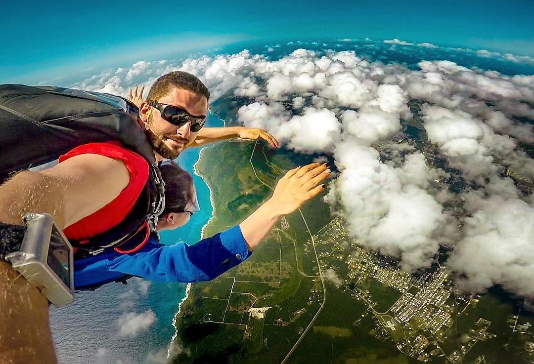 關島跳傘行程簡便,只有「關島之家」包辦關島跳傘旅遊服務。
