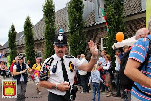 Vierdaagse van Nijmegen door Cuijk 20-07-2012 (23).JPG