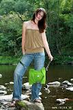 – GREENSWETR -recyklace taška, šaty 00dpad www.rajda.cz, foto: Jan Trejbal, modeLOVE www.toppeople.cz, Bára Hnyková