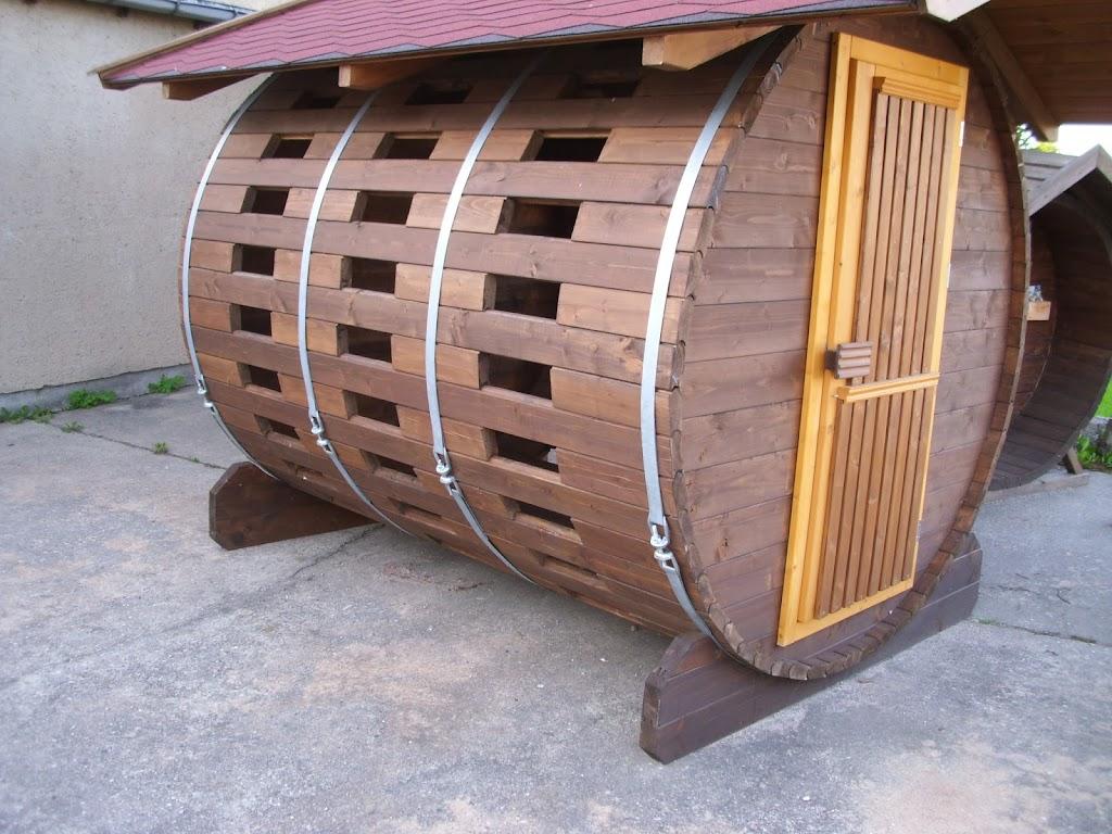 feuerholz holz herbert holzbau spezialbau colditz tischler colditz aus sachsen. Black Bedroom Furniture Sets. Home Design Ideas