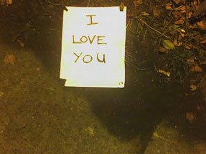 A photo of a sign that was posted on a streetlight on 12th and 65th on December 5, 2006 in Seattle, WA.