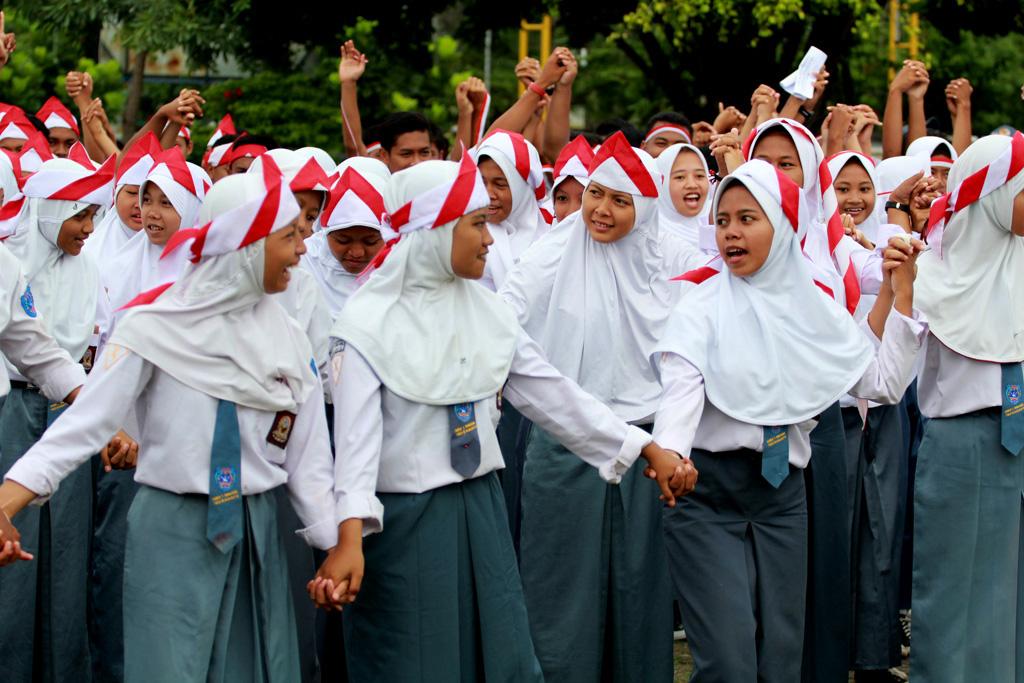 Kemensos Salurkan Dana Bantuan Anak Sekolah hingga Rp2 Juta. Simak Syarat & Cara Daftarnya!