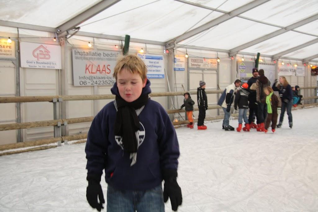Sinterklaas bij de schaatsbaan - IMG_0395.JPG