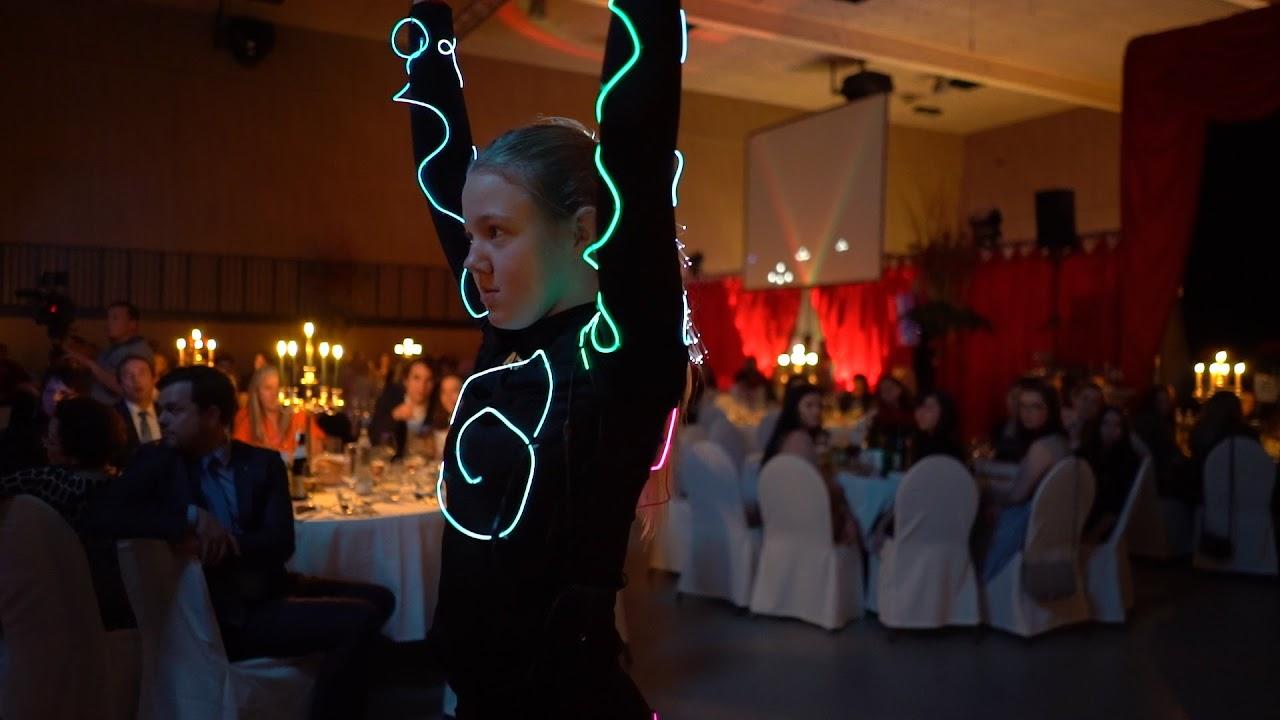 Weihnachtsfeier Haubi - neon-testscreen-1.jpg
