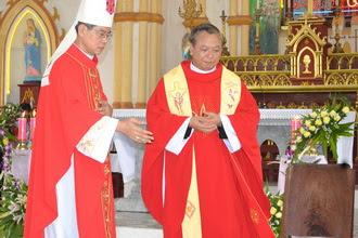 Giáo xứ Văn Hải đón cha xứ mới