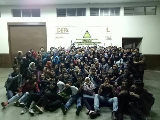 Foto bersaman rekan-rekan di Polban