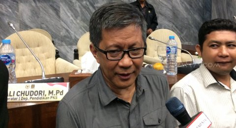 Jokowi & Prabowo Hadiri Nikah Atta-Aurel, Rocky Gerung Singgung Uang Rakyat
