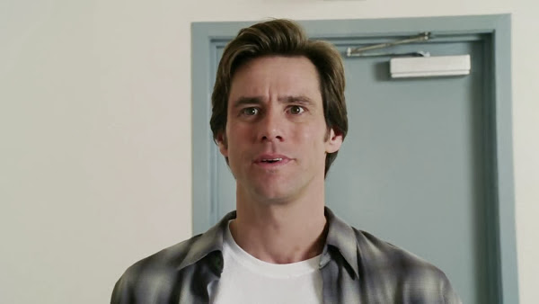 Screen Shot Of Hollywood Movie Bruce Almighty (2003) In Hindi English Full Movie Free Download And Watch Online at Alldownloads4u.Com