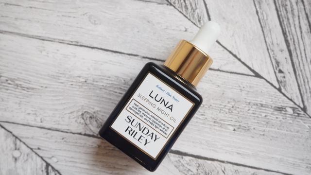 L.E.M Beauty Blog | Sunday Riley Luna Oil