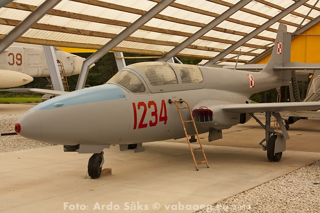 23.08.12 Eesti Lennundusmuuseumi eksponaadid 2012 - AS20120823LENNUK_057V.JPG