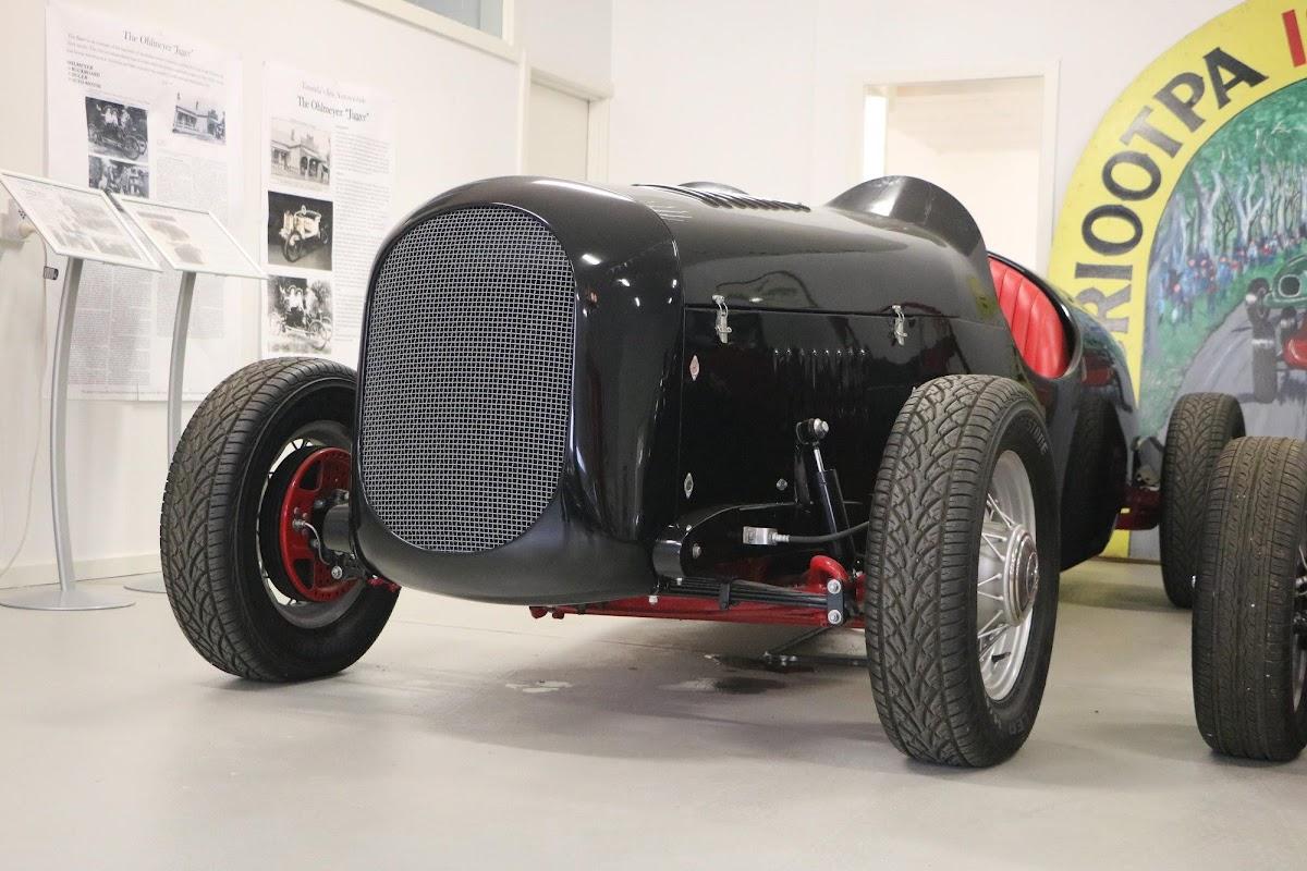 Carl_Lindner_Collection - 1936 Ford V8 Special - Black Bess 03.jpg