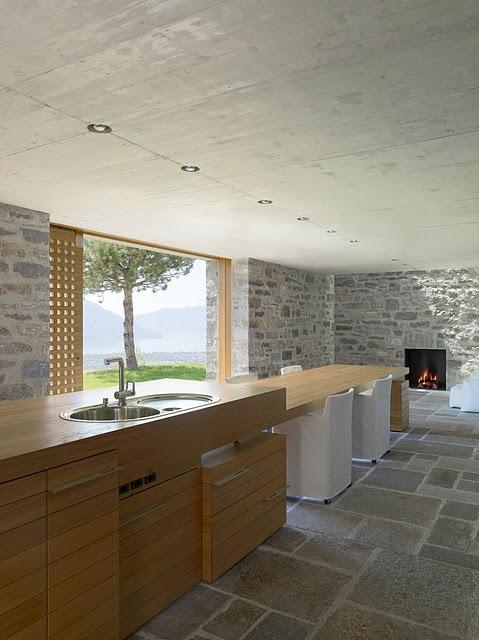 8 Самые красивые дома мира | Фото интерьера каменного дома в Швейцарии