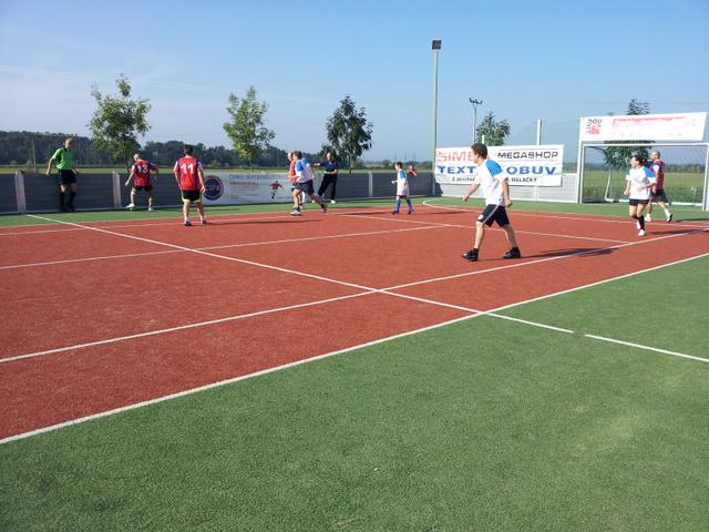 ČSFA - rodinný turnaj 2011 (záver) - 2011-09-24%2B09.54.12.jpg