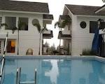 villa lembang - bandung kolam renang