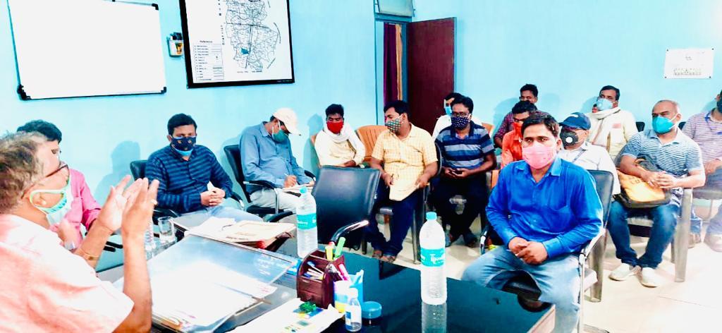 एंबुलेंस खरीद को लेकर लाभुकों के साथ बैठक, जगदीशपुर, बिहिया व शाहपुर में दो-दो लाभार्थी चयन