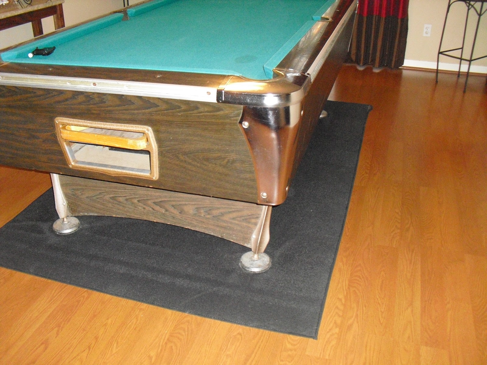 The Boswells Out With The Old - How to take apart a pool table