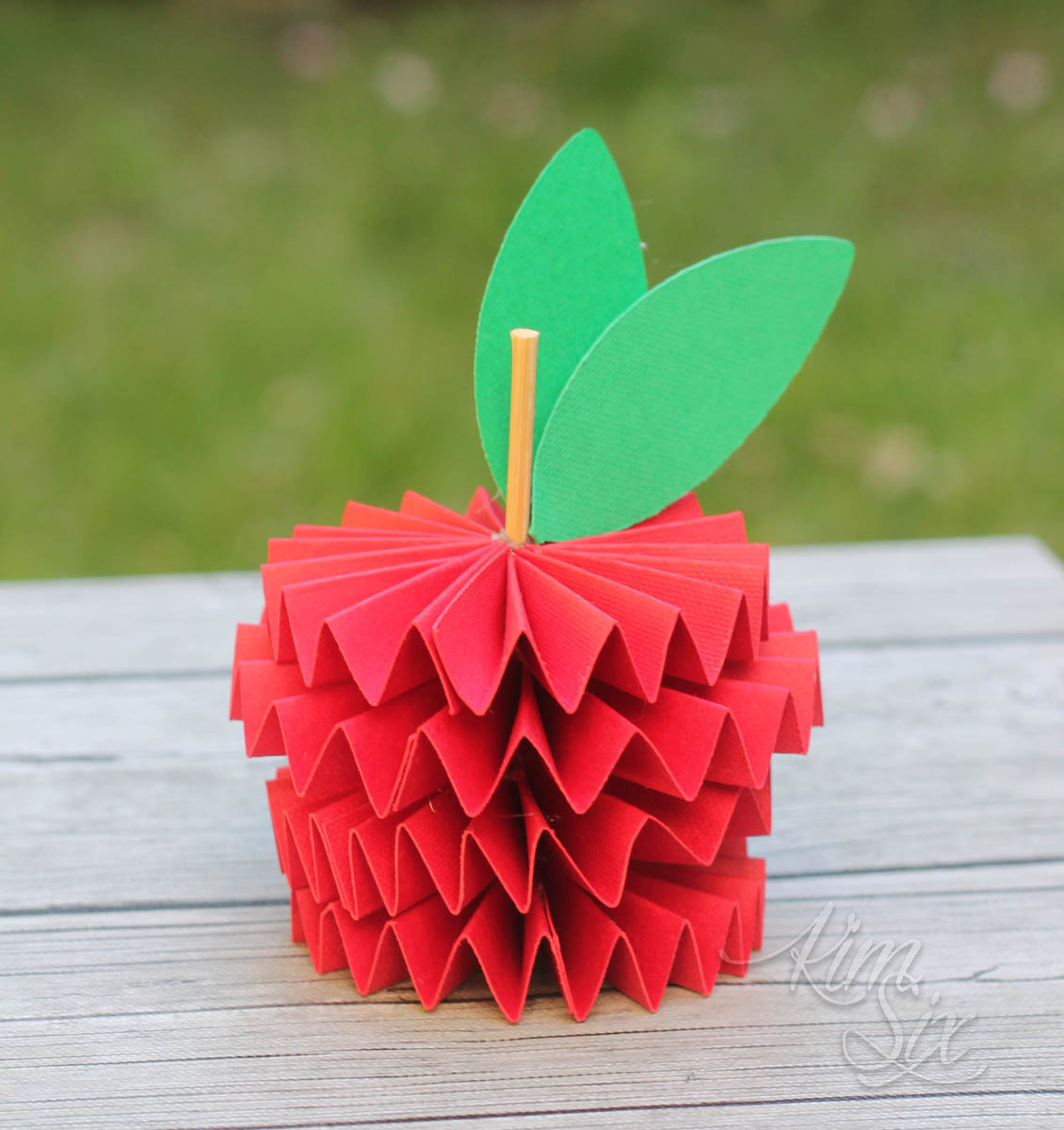 How to make a 3d folded paper apple out of cardstock using a cricut scoring wheel