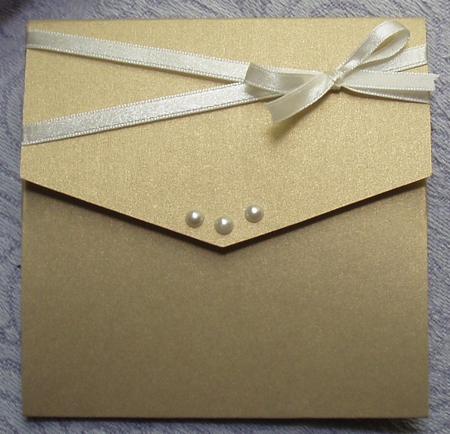 Elegant Bow Pocket Fold