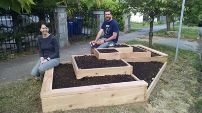 garden-beds-front-berm-1