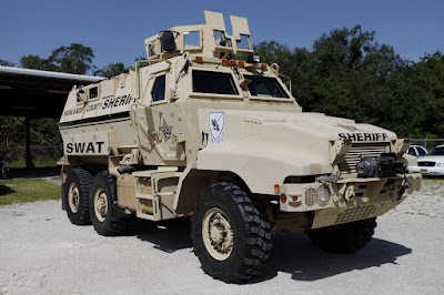 Florida cops reluctant to give up military weapons, armored vehicles