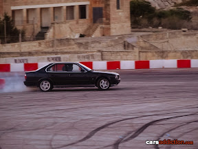 BMW E34 5 series drifting