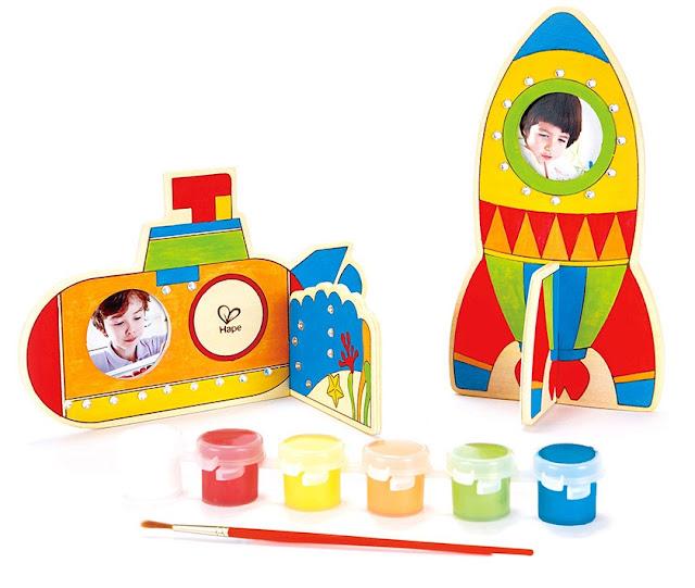 Bộ tô màu cho bé hình phi thuyền Hape E5119A